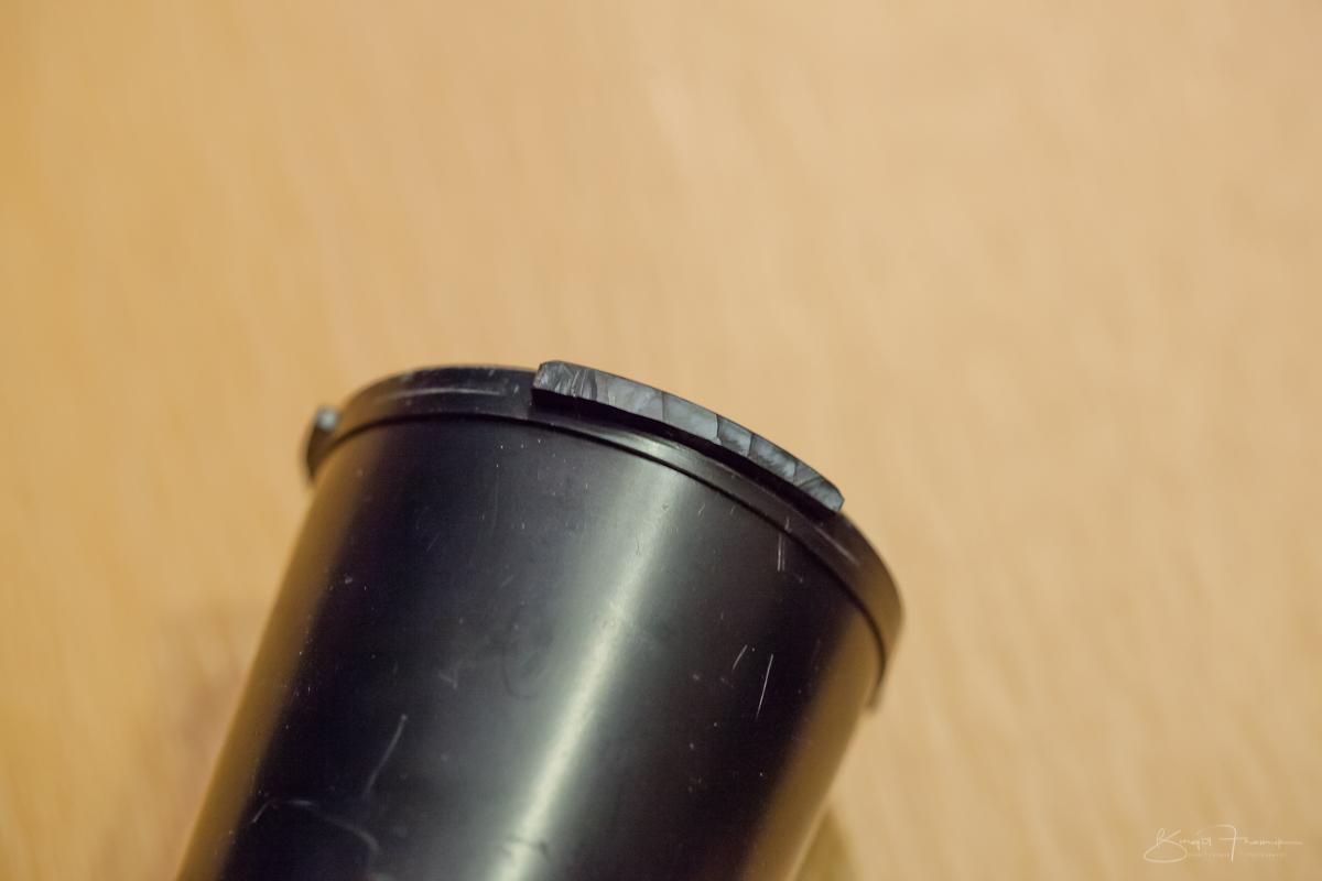 eingekürzte Füßchen des Pentacon AV 2.8 / 80 mm